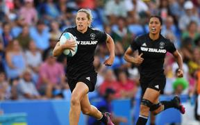 Kelly Brazier on the charge for the Black Ferns sevens.