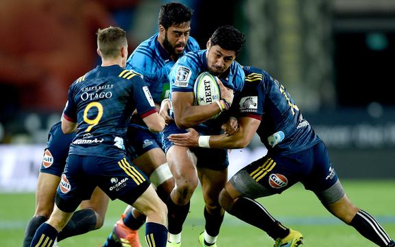 Blues fullback Melani Nanai on the break