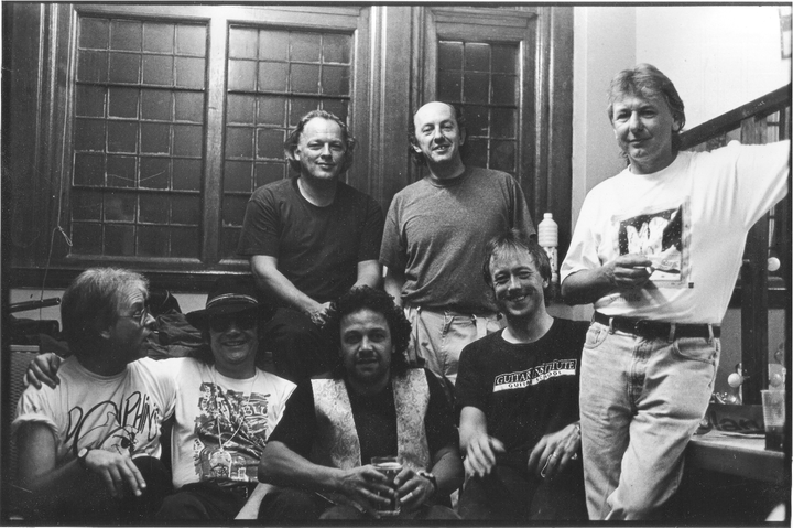 Barry Venn and the Dolphins: Robin Lumley (Peter Gabriel/Brand X), Barry Venn, David Gilmour (Pink Floyd), Steve Simpson (Streetwalkers), Willie Wilson (Sutherland Brothers /Floyd), Rob Burns, Mick Ralphs (Bad Company).