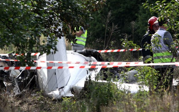 The remains of the Polish Piper Navajo after the crash near Czestochowa killed 11 people.