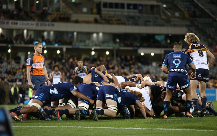 Super Rugby scrum between Brumbies and Blues. 6.5.19