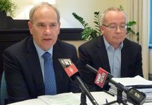 Auckland Mayor Len Brown, left, and council chief executive Stephen Town.