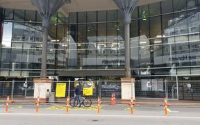 Wellington central library shut over earthquake concerns.