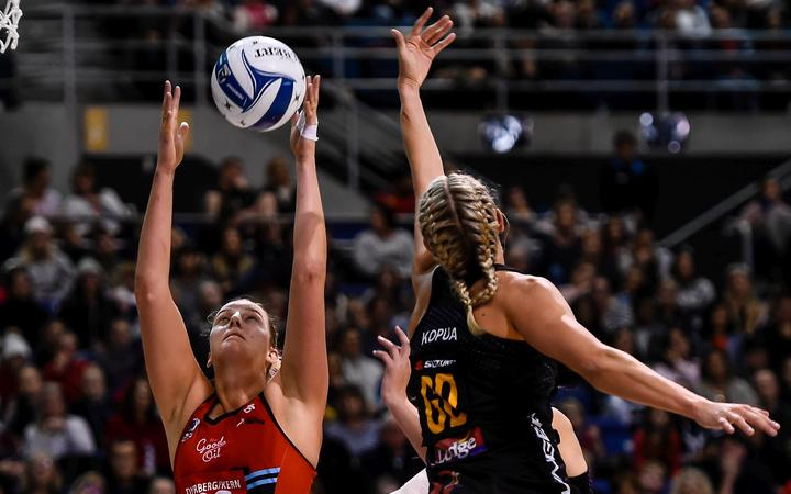 Ellie Bird of the Tactix is defend by Casey Kopua of the Magic during the ANZ Premiership Netball match, Tactix v Magic, Horncastle Arena, Christchurch, New Zealand, 19th May 2019.Copyright photo: John Davidson / www.photosport.nz