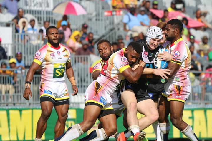 The PNG Hunters snapped their losing streak against Souths Logan.