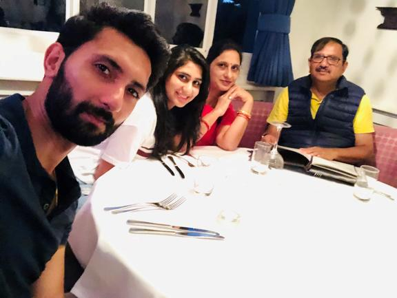 Rish Kapoor and family