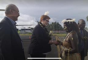 Marise Payne in Bougainville