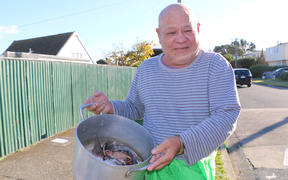 Lou, or 'Little Lee', said he would cook the fish heads with coconut cream, onion and salt.