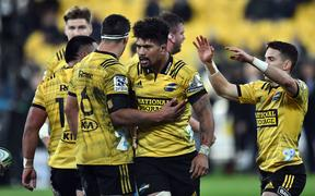 The Hurricanes celebrate their 2019 Super Rugby quarterfinal win over the Bulls in Wellington.