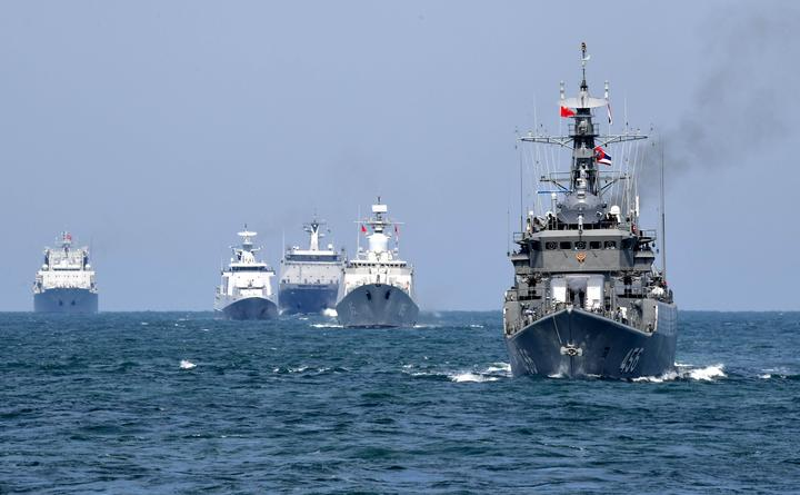 Chinese spy ship heading to Australia to monitor war games