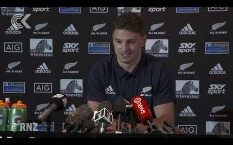 Beauden Barrett signs with the Blues