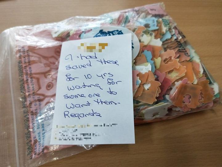A thankful note left with a small hoard of bread tags delivered to the charity.