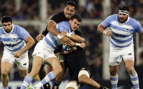 Argentina's Los Pumas fullback Emiliano Boffelli (2nd L) vies for the ball with New Zealand's All Blacks Ardie Savea (2nd R) and flanker Shannon Frizell (Back) Rugby Championship  at Jose Amalfitani stadium in Buenos Aires, Argentina on September 29, 2018.