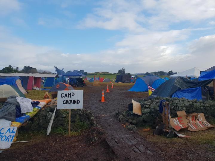 The camp ground at Ihumātao.