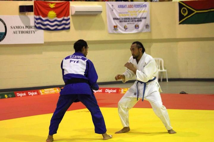 Ilai Ualesi Elekana Manu competing in judo at the 2019 Pacific Games in Samoa.