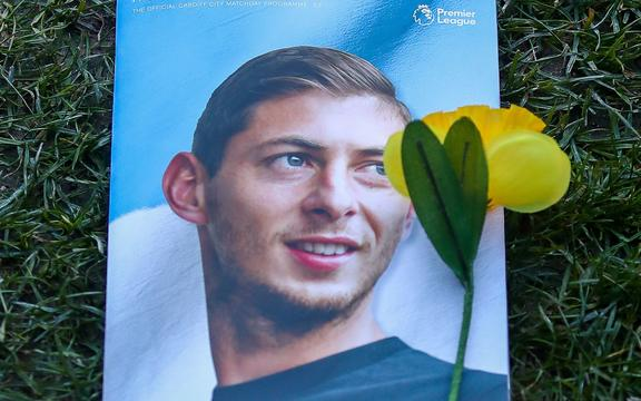 Match programme featuring a memorial of Emiliano Sala