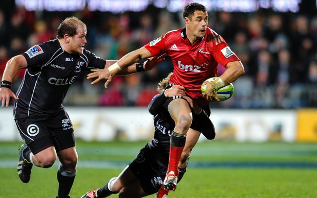 Dan Carter of the Crusaders on the burst in the Super Rugby Semi Final match, Crusaders v Sharks, Christchurch, July 2014.