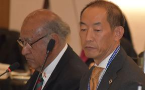 Ratu Epeli Nailatikau and Takeshi Kasai at the 5th Asia-Pacific Parliamentarian Forum on Global Health.