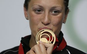 Sophie Pascoe with her second gold of the Glasgow Commonwealth Games.