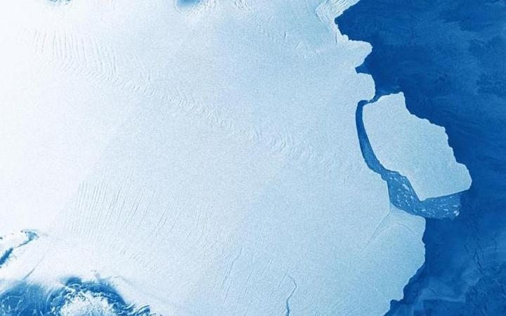 D28 iceberg breaks off Amery Ice Shelf - not due to climate change