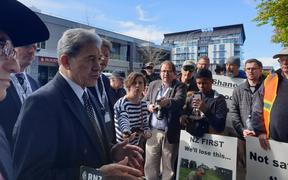 Winston Peters talks to gun owners protesting in Christchurch