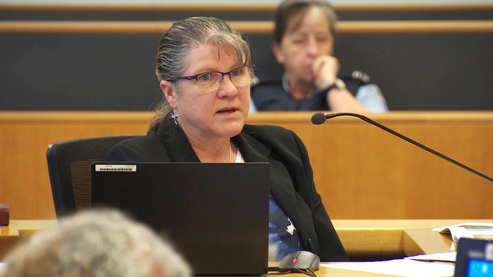 ESR scientist Dianne Crenfeldt giving evidence at the Grace Millane trial.