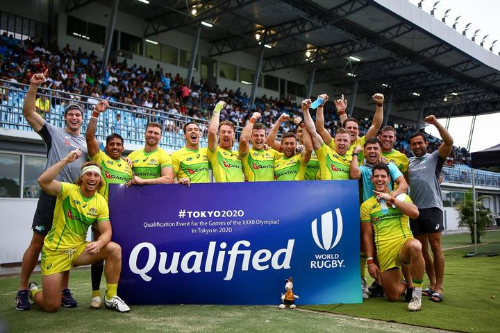 The Australian men's sevens team celebrate qualifying for the Tokyo 2020 Olympics.