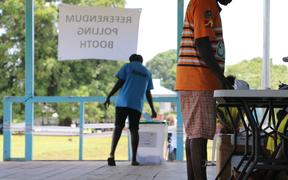 Polling in the Bougainville independence referendum at Hutjena Station.