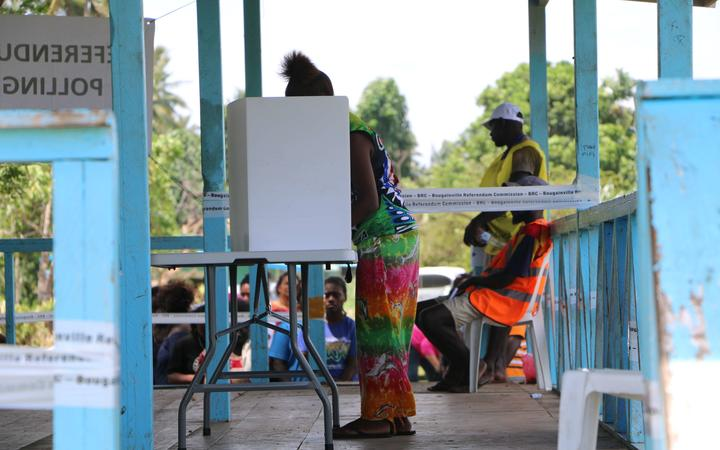 Polling underway in Bougainville's independence referendum at Hutjena Station.