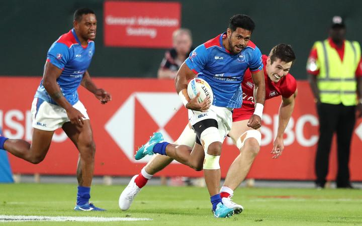 Fiji start World Sevens series defence on positive note in Dubai
