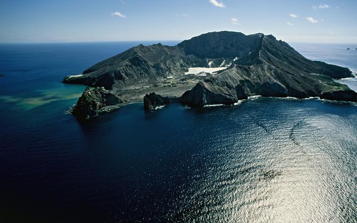 Surrounded by the South Pacific Ocean, the small volcanic island of White Island lies off the eastern coast of New Zealand's North Island.