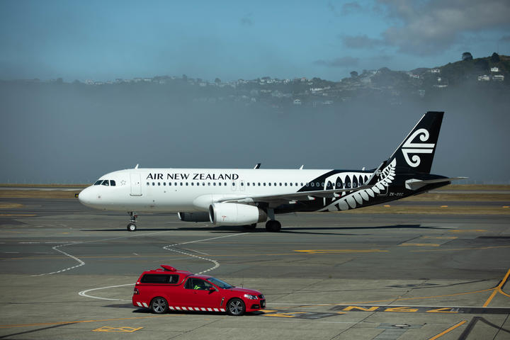 Low fog delays and cancels flights at Wellington Airport Tues 21st Jan 2020.