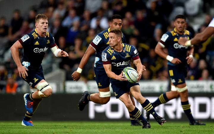Kayne Hammington of the Highlanders, during the Super Rugby match between the Highlanders and the Sharks, held at Forsyth Barr Stadium, Dunedin, New Zealand.