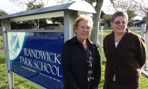 Randwick Park School principal Karen McMurray and associate principal Felicty Oberlin-Brown.