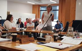 Urging Kaikoura District Council to consider amalgamation to save on costs