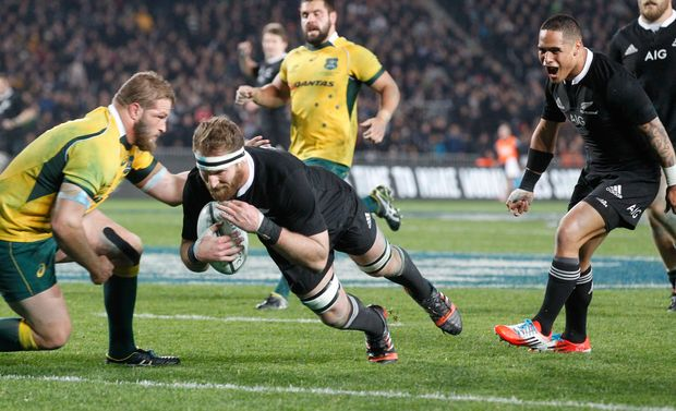Kieran Read scores against the Wallabies, Eden Park 2014.