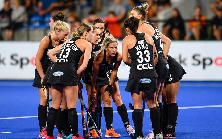 Gemma McCaw of the Black Sticks in a huddle during the FIH Pro League of Hockey.