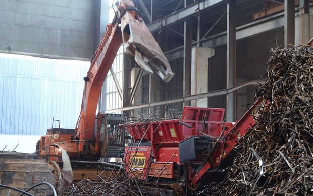 The demolition job involved the recovery of 25,000 tonnes of scrap iron.