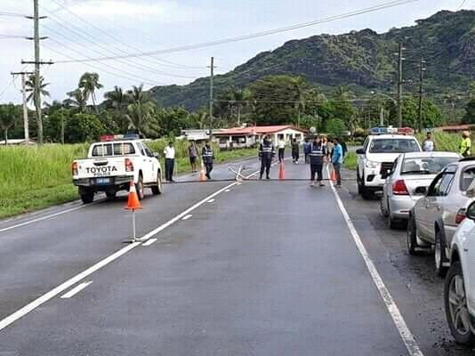 A police checkpoint at the main crossing to Lautoka City from Natalau.