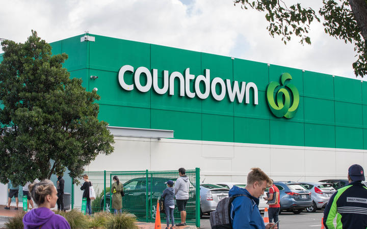 Larger than usual queues outside of Countdown Greenlane a day before the supermarkets shut on Good Friday.