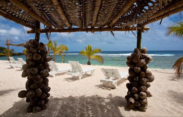 Whitesands Beach Resort, Tonga