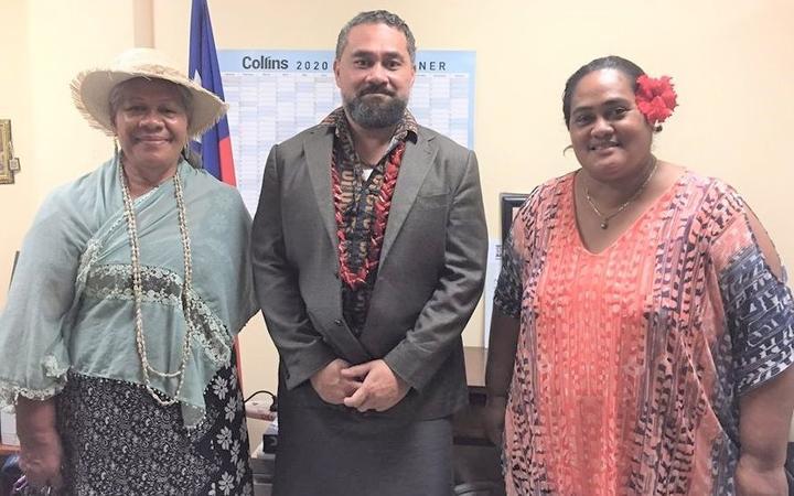 Party leader, (L-R) Fesola'i Logomalieimatagi Tepa Toloa, Electoral Commissioner Faimalomatumua Mathew Lemisio and party secretary Fagalilo Agnes Su'a.