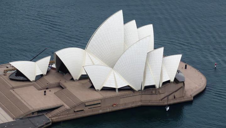 Bird's eye view of Sydney Opera House.