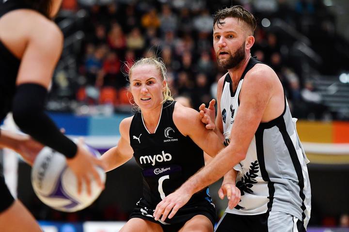 Silver Ferns captain Laura Langman (L) and NZ Men's Jamie Brown (R) in June 2019.