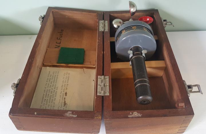 This anemometer was used by Sir Vivian Fuchs during the Commonwealth Transantarctic Expedition, and is now in the Hillary Hut museum at Scott Base.