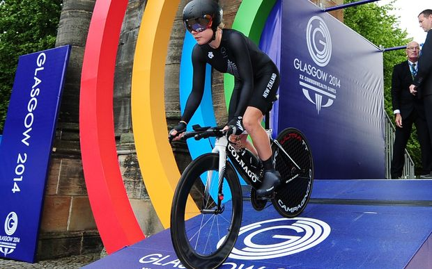 Linda Villumsen begins her gold medal time trial ride at the Glasgow Commonwealth Games.
