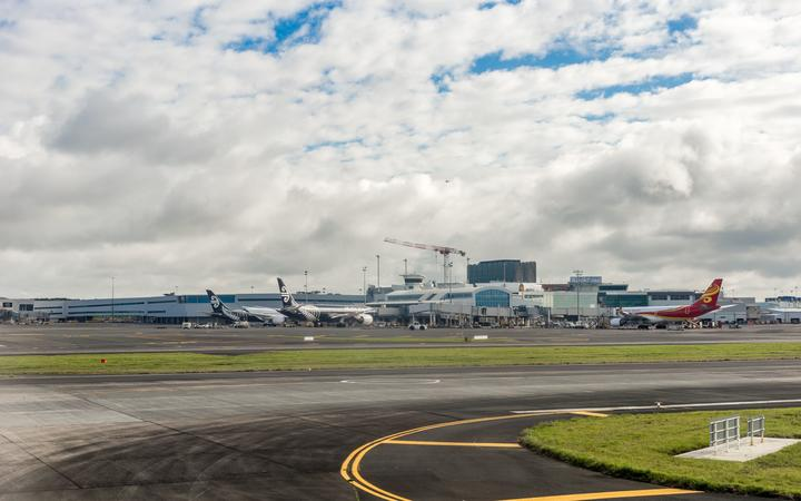 New Zealand planes at Auckland International Airport, the largest and busiest airport in New Zealand.