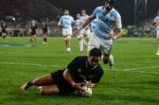 Julian Savea scores a try in New Zealand's test match against Argentina in Napier on Saturday.