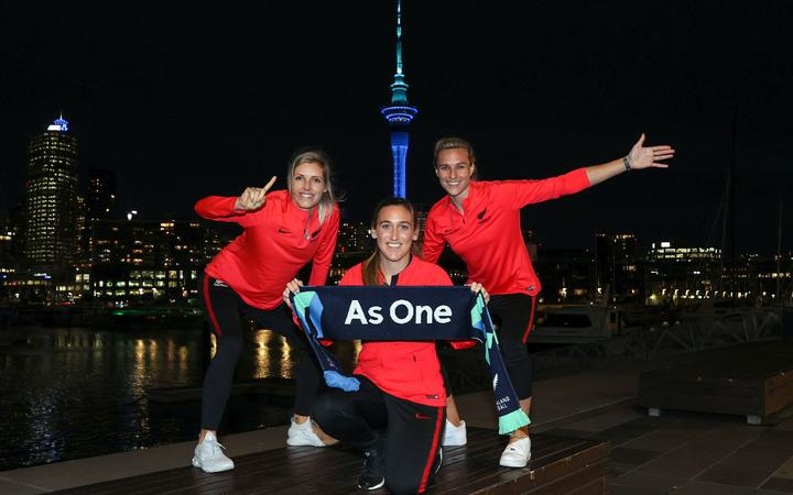 Ferns Annalie Longo, Erin Nayler and Hannah Wilkinson pose for pictures ahead af the FIFA Women's World Cup 2023 hosting announcement.