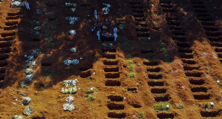 The Vila Formosa cemetery in Sao Paulo, Brazil, during the Covid-19 pandemic,on 21 June 2020.